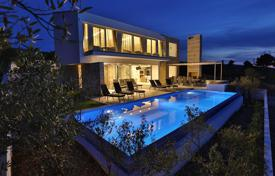 4 bedroom houses by the sea for sale in Splitska. Modern luxury villa 230 meters from the sea on the island of Brac