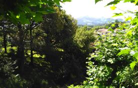 Development land for sale in Aquitaine. Building plot with a mountain view in the city of Ciboure, Aquitaine, France