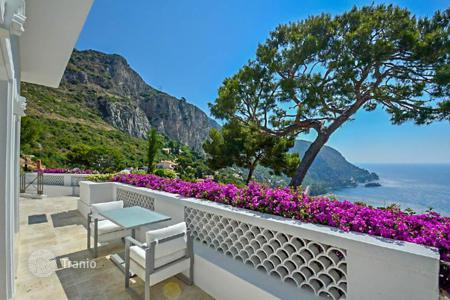 3 bedroom houses for sale in Èze. Beautiful villa with spectacular sea views in Eze-sur-Mer