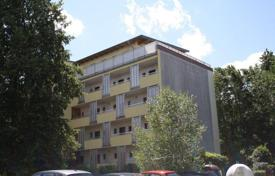 Cheap property for sale in Bavaria. Apartment with terrace in a green area Langwasser, Nuremberg