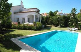Property to rent in Malaga. Chalet – Malaga, Andalusia, Spain