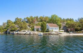 Luxury 4 bedroom houses for sale in Vest-Agder. Country house with a large plot on the seafront in Kristiansand, Norway