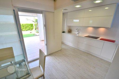 Cheap residential for sale in Torre Pacheco. Villa – Torre Pacheco, Murcia, Spain