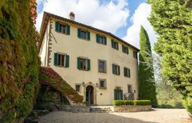 Historic villa with gardens, a swimming pool, terraces and a panoramic view, Greve-in-Chianti, Italy for 1,900,000 €