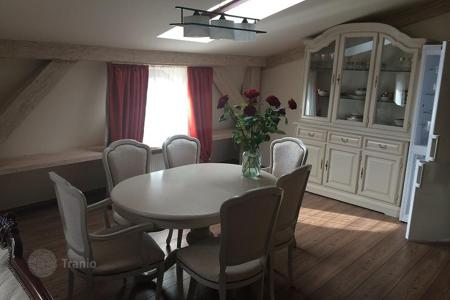 3 bedroom apartments for sale in Karlovy Vary Region. Apartment – Karlovy Vary, Czech Republic