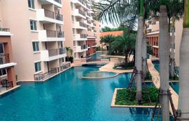 1 bedroom apartments to rent in Chonburi. One-bedroom apartment in Pattaya, Thailand. Modern residential complex with a pool, a garden and a gym