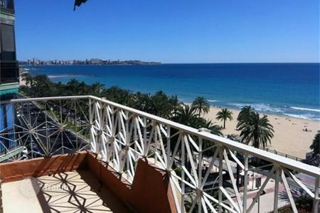 5 bedroom apartments by the sea for sale in Europe. Great apartment on Juan Bautista Lafora street in Alicante