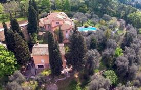 Property for sale in Grasse. Villa – Grasse, Côte d'Azur (French Riviera), France