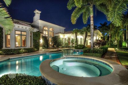 Luxury 6 bedroom houses for sale in North America. Villa in Palm Beach Gardens