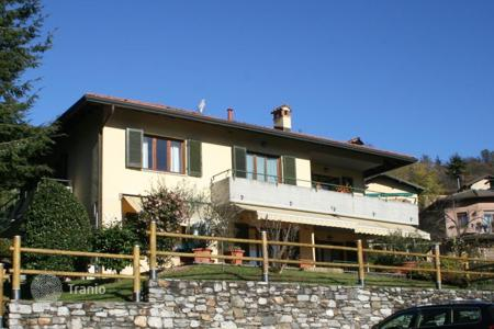 3 bedroom apartments by the sea for sale in Piedmont. Apartment – Verbania, Piedmont, Italy