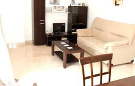 Cheap residential for sale in L'Alfàs del Pi. Two-bedroom apartment with mountain views in the town of Albir, Alicante, Spain