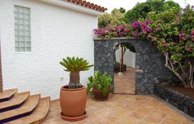 4 bedroom houses for sale in Tenerife. Villa – Puerto de Santiago, Canary Islands, Spain