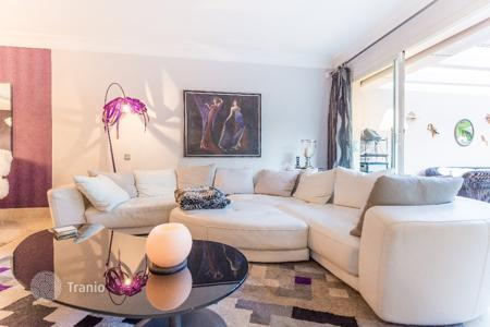 2 bedroom apartments for sale in Malaga. Luxury Apartment? Rio Real