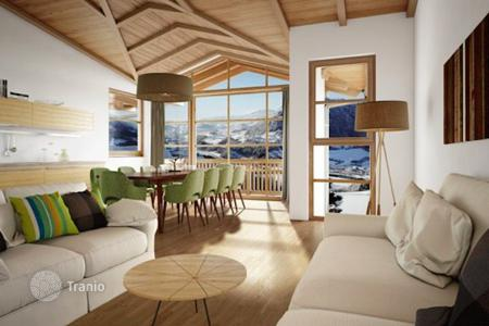 New homes for sale in Sankt Johann im Pongau. Spacious two bedroom apartment with a balcony in a new residential complex in the ski resort of Alpendorf, St Johann im Pongau