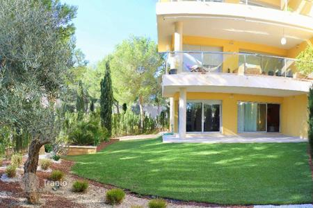 3 bedroom apartments for sale in Majorca (Mallorca). Apartment - Sol de Mallorca, Balearic Islands, Spain