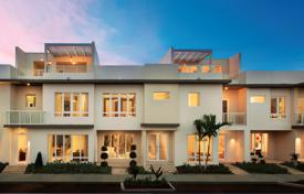 Off-plan residential for sale overseas. Townhouses and apartments in a luxury residential village a few minutes from Miami