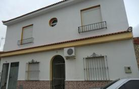 Foreclosed 3 bedroom houses for sale in Andalusia. Villa – Villanueva del Ariscal, Andalusia, Spain