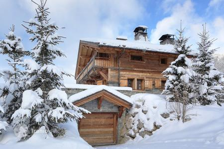 Luxury 4 bedroom houses for sale in Megeve. Villa – Megeve, Auvergne-Rhône-Alpes, France