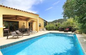 Residential to rent in Brignoles. Villa – Brignoles, Côte d'Azur (French Riviera), France