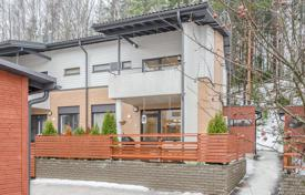 Residential for sale in Vihti. Two-level townhouse with a sauna, a balcony and a terrace, located in the recreation area of Lankila, Vihti, Finland