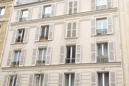 Apartments for sale in Picardie. Paris 7, Nearby place de Breteuil, in a quiet street, a charming atypical duplex of 114sqm
