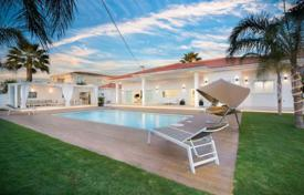 Luxury 3 bedroom houses for sale in Alicante. Villa – Playa del Albir:, Alicante, Valencia, Spain