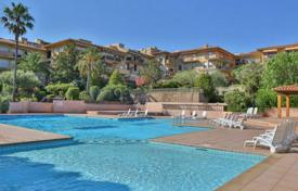 Apartments to rent in Côte d'Azur (French Riviera). Apartment – Saint-Tropez, Côte d'Azur (French Riviera), France