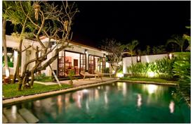 3 bedroom villas and houses by the sea to rent in Indonesia. Villa – Seminyak, Bali, Indonesia