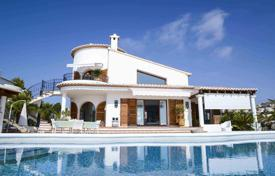 Luxury 3 bedroom houses for sale in Moraira. Exclusive luminous villa on a cliff, Moraira, Spain