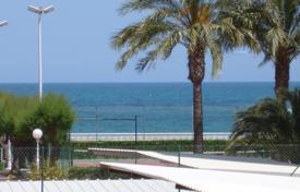 Property for sale in Denia. Furnished apartment in Denia, Spain. Residence on the seafront.