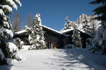 Luxury chalets for sale in Italian Alps. Chalet – Trentino - Alto Adige, Italy