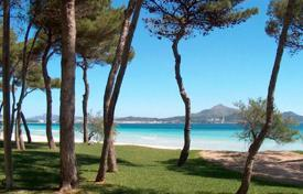 Townhouses for sale in Majorca (Mallorca). Terraced house – Alcudia, Balearic Islands, Spain