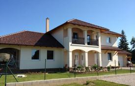 Houses for sale in Hungary. Mediterranean style house near Lake Balaton in Gyenesdias, Hungary