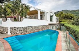 Coastal houses for sale in Campania. Villa – Capri, Campania, Italy