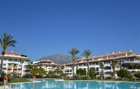 Coastal apartments for sale in Puerto Banús. Penthouse with a terrace, in a residence with gardens, pools and tennis courts, Puerto Banus, Spain. Excellent investment opportunities!