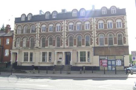 Residential/rentals for sale in the United Kingdom. Apartment building – London, United Kingdom
