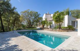 4 bedroom houses for sale in Roquefort-les-Pins. Renovated bastide with exceptional charm