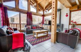 Spacious three-story chalet in the center or Morzine, France for 1,375,000 €