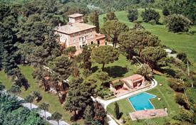 Villas and houses to rent in Rome. Villa Soratte