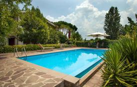 Houses for sale in Lazio. Villa – Rome, Lazio, Italy
