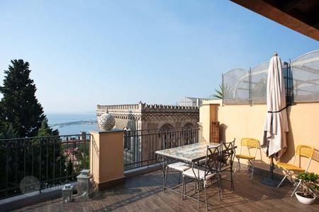 Apartments to rent in Sicily. Apartment – Taormina, Sicily, Italy