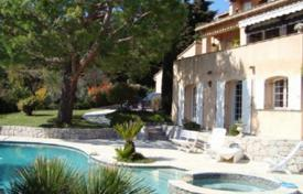 Houses with pools for sale in Èze. Three-floor villa with a large swimming pool, Eze, France