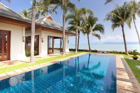 Villas and houses with pools by the sea to rent in Thailand. Villa on the beach in Maenam