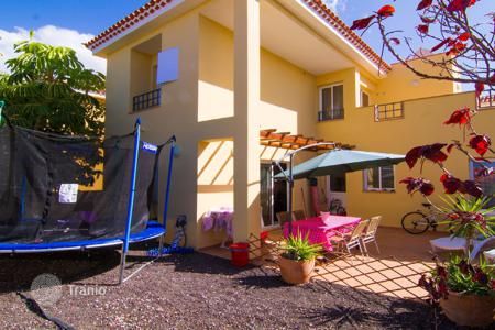 Townhouses for sale in Palm-Mar. Terraced house - Palm-Mar, Canary Islands, Spain