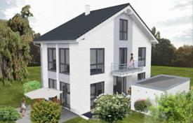 4 bedroom houses for sale in Germany. New comfortable house with a plot and a garage, Starnberg, Germany