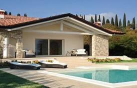 Houses with pools for sale in Lombardy. Villa – Brescia, Lombardy, Italy