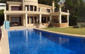 Luxury houses with pools for sale in Costa Blanca. Villa – Altea, Valencia, Spain