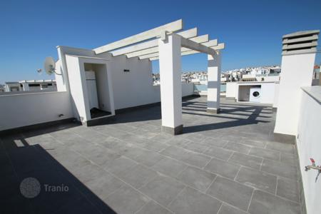 2 bedroom houses for sale in Valencia. Torrevieja, Los Balcones. Bungalows top floor of 120 m² or 127 m² with 2 or 3 bedrooms and 2 bathrooms