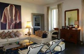 Two-level apartment in excellent condition, Florence, Tuscany, Italy for 890,000 €