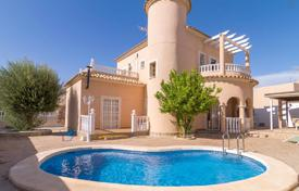 4 bedroom houses for sale in Ciudad Quesada. Two-level villa with a pool in Ciudad Quesada, Alicante, Spain